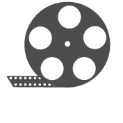 Kino zāļu aprīkojums Trīs lieliskās kino zālēs iespējams noskatīties jaunākās kinofilmas izcili komfortablos apstākļos. Lielie ādas krēsli aprīkoti ar galdiņiem, kuros iestrādāts apgaismojums ērtākai ēdiena baudīšanai un servisa poga viesmīļa izsaukšanai. Pie katra krēsla izvietota neliela atkritumu tvertne. Kino zāles aprīkotas ar jaunāko tehniku, nodrošinot teicamu skaņas un attēla kvalitāti.